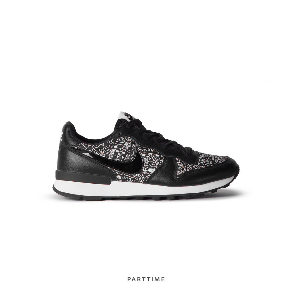 Internationalist Print - Black White