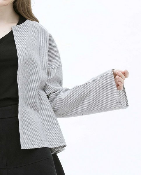 BELL SLEEVE JACKET (BLACK)