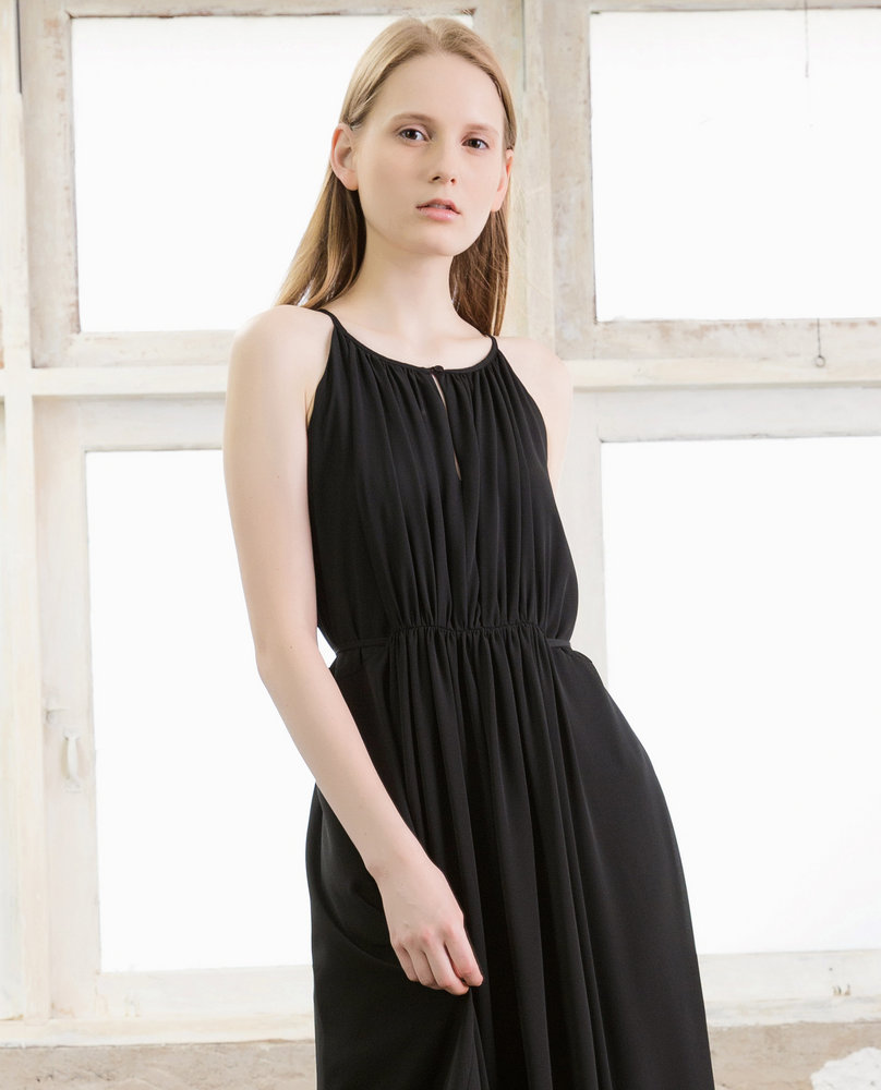 HALTER MAXI DRESS (BLACK)