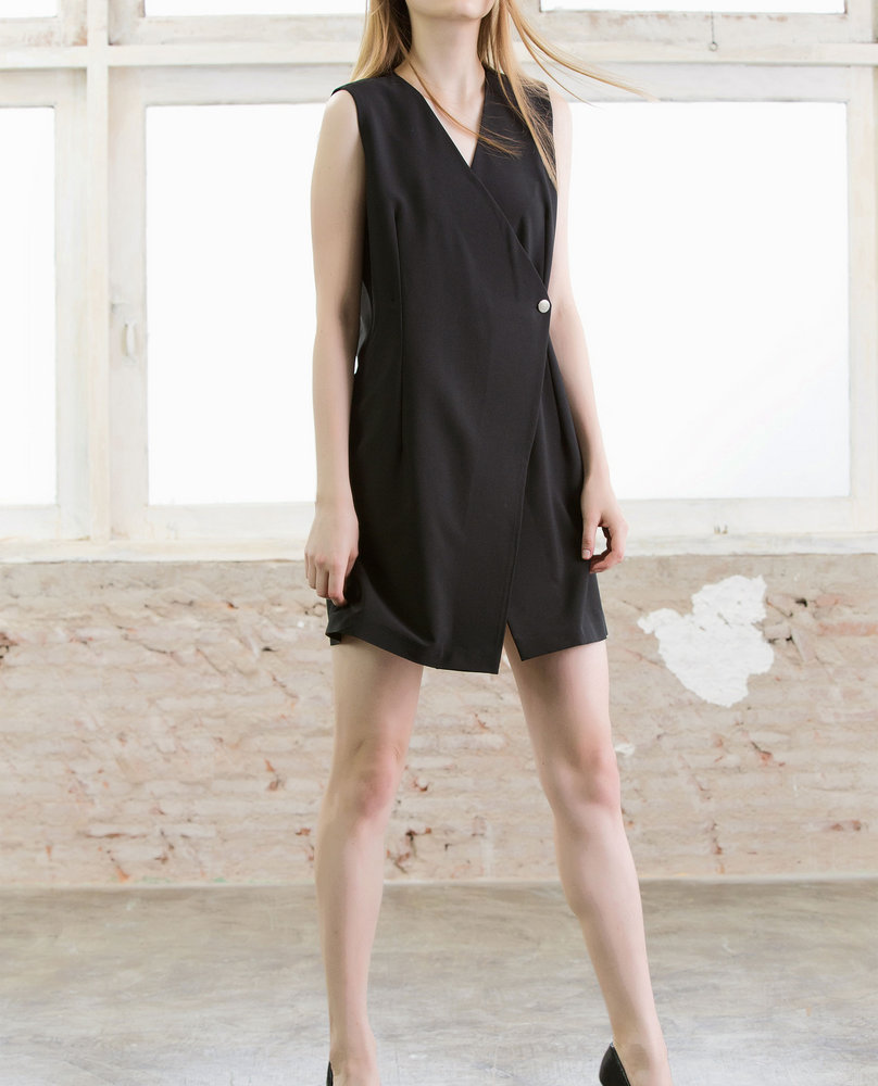 SOLE BUTTON DRESS (BLACK)