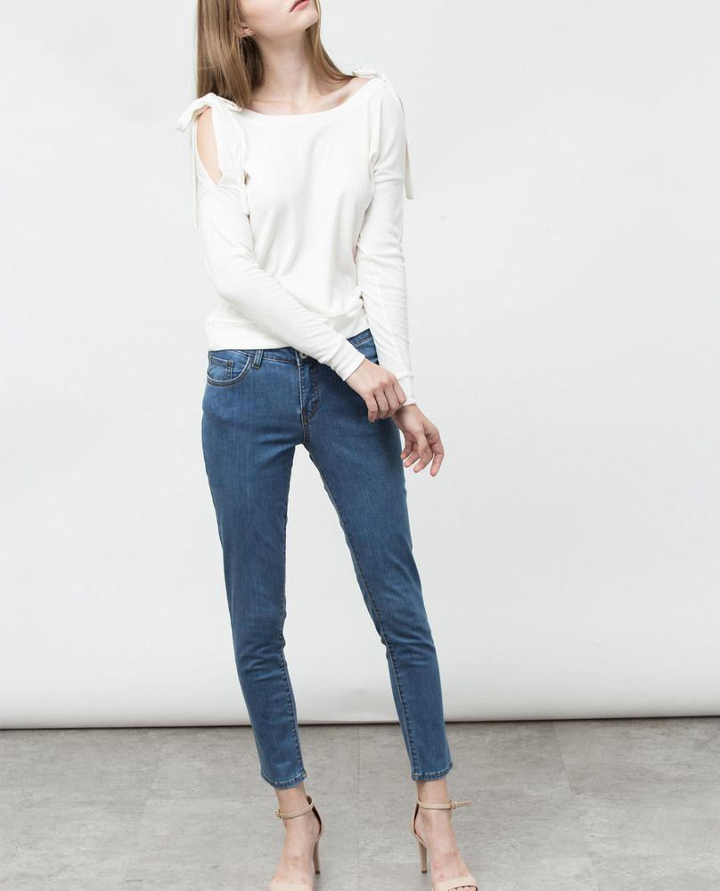 COLD SHOULDER TOP (ERCU)