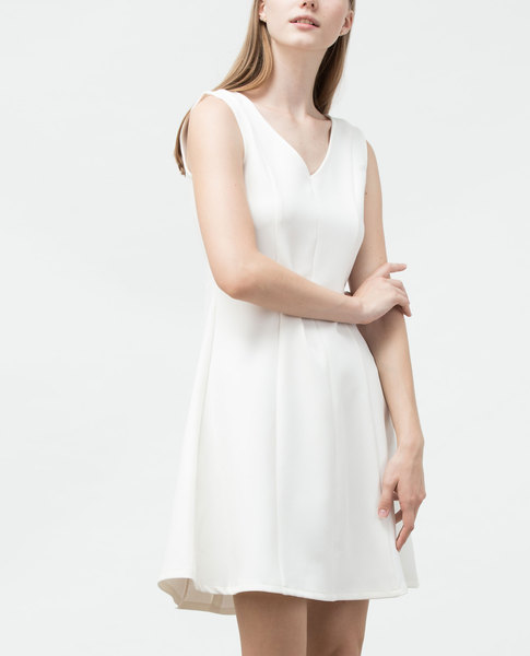 V-NECK DRESS (WHITE)