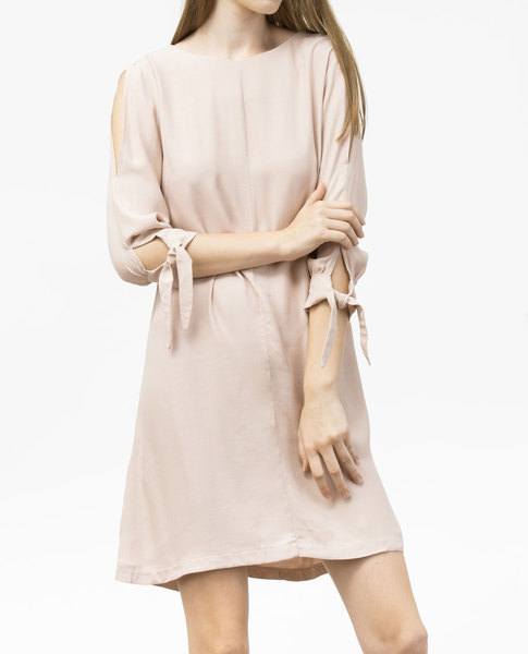 SLIT SHOULDER DRESS (NUDE)