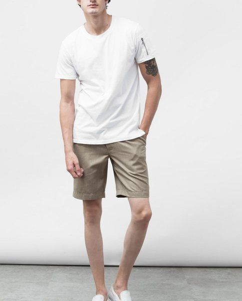 SHORTS WITH PLEAT (BEIGE)