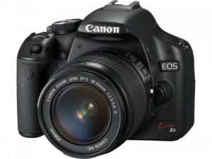 Canon Kiss X3 (EOS 500D / Rebel T1i) (EF-S 18-55mm F3.5-5.6 IS) Lens Kit