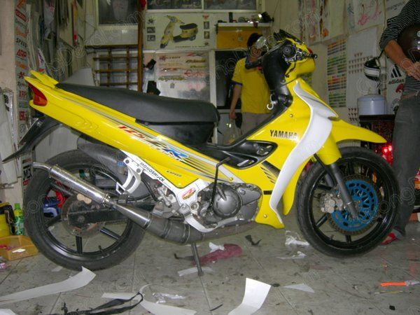 DECAL YAMAHA Z125 012