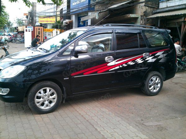 DECAL TOYOTA INNOVA 010
