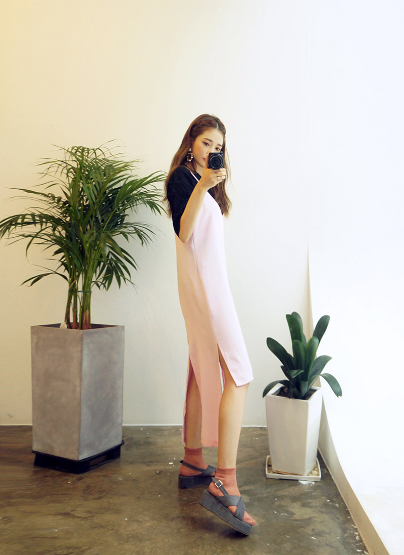 CHUU Unbalance Cut Hem Maxi Dress
