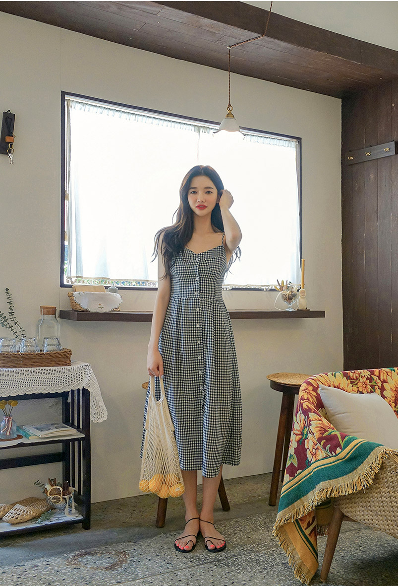 //cdn.nhanh.vn/cdn/store/29770/psCT/20180909/8968149/CHUU_Understand_Me_Checkered_Dress_(9).jpg