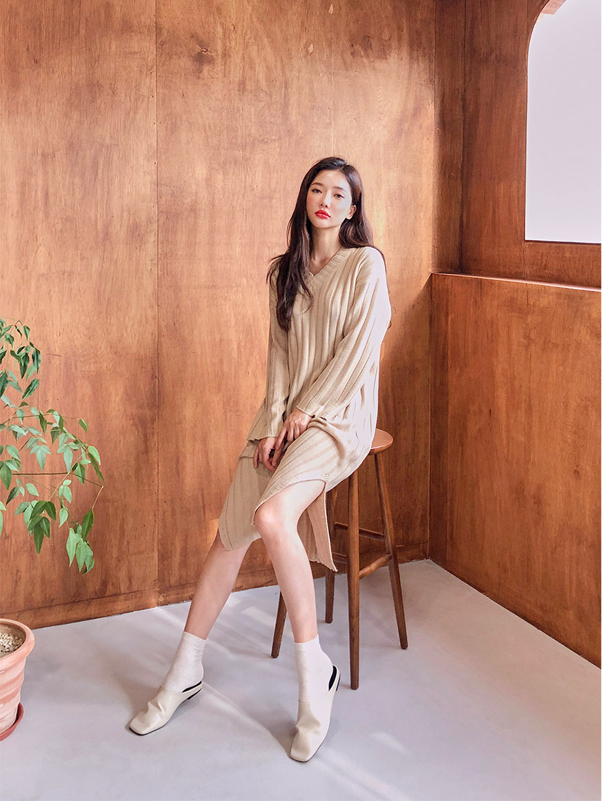//cdn.nhanh.vn/cdn/store/29770/psCT/20180927/9207982/Soft_Twisted_V_Neck_Dress_(6).jpg