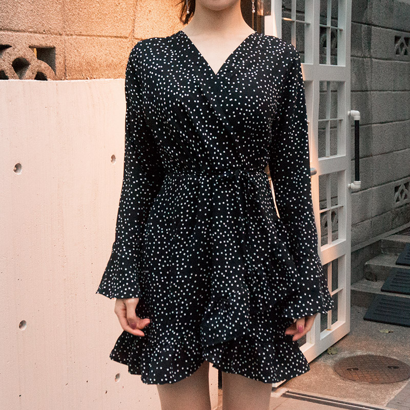 //cdn.nhanh.vn/cdn/store/29770/psCT/20181003/9325592/CHUU_Dark_Night_Dress_(28).jpg