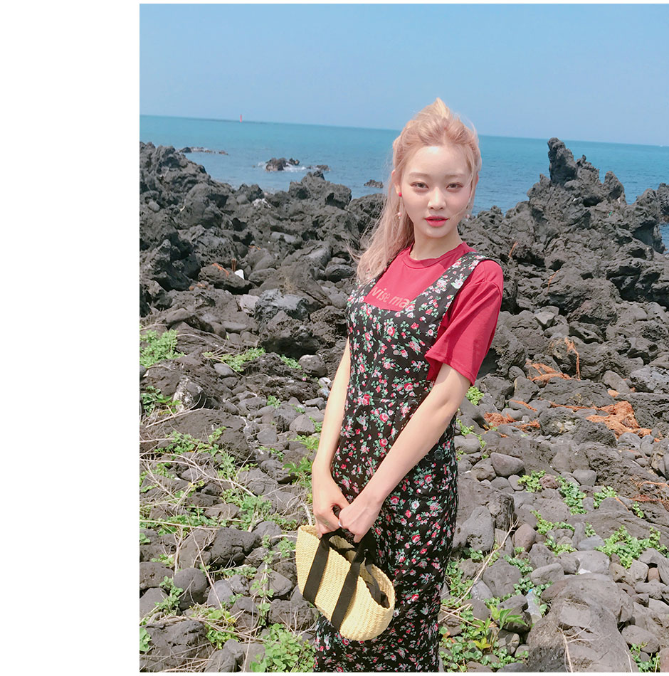 //cdn.nhanh.vn/cdn/store/29770/psCT/20181010/9451956/CHUU_Flew_With_Flowers_Dress_(24).jpg