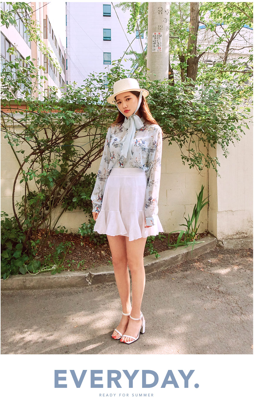 //cdn.nhanh.vn/cdn/store/29770/psCT/20181010/9452006/CHUU_By_My_Side_Flower_Blouse_(24).jpg