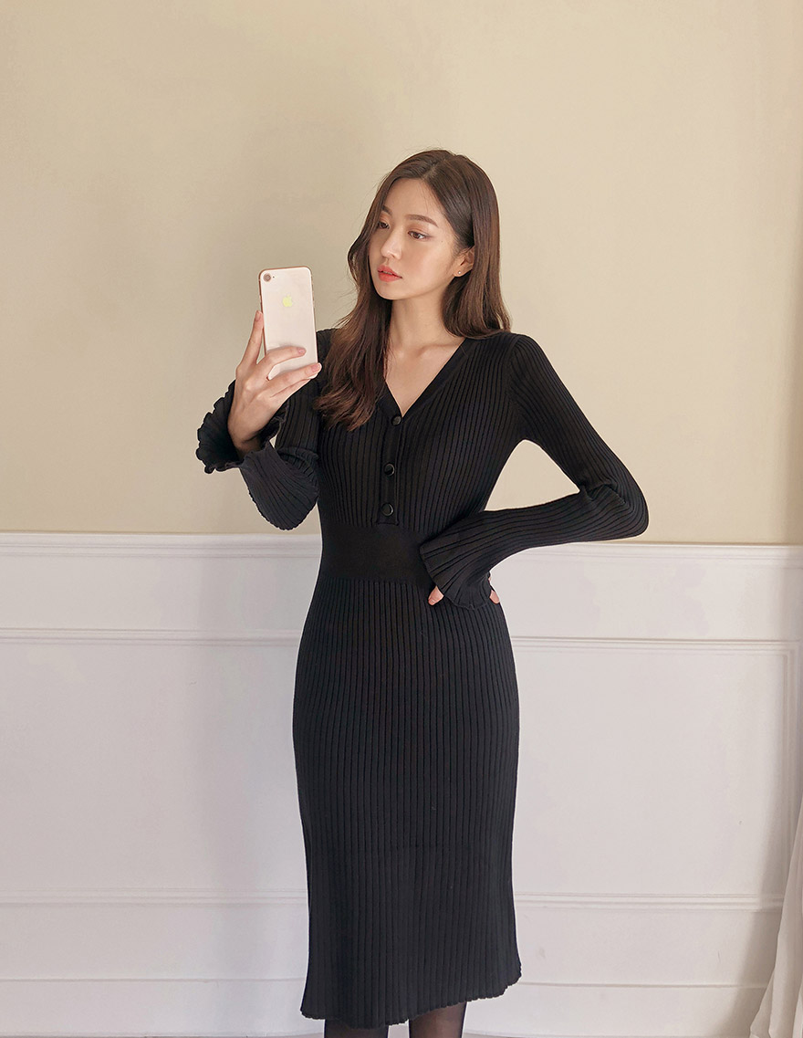 //cdn.nhanh.vn/cdn/store/29770/psCT/20181113/10013828/_CHUU__Ribbed_V_Neck_Midi_Dress_(3).jpg