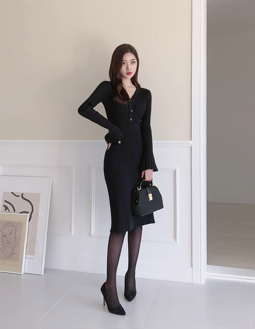 //cdn.nhanh.vn/cdn/store/29770/psCT/20181113/10013828/_CHUU__Ribbed_V_Neck_Midi_Dress_(4).jpg