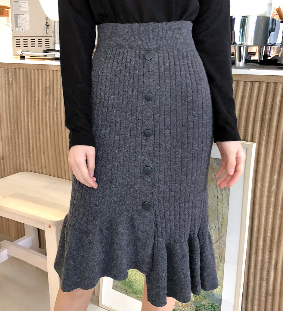 //cdn.nhanh.vn/cdn/store/29770/psCT/20190110/11071444/Unbalanced_Unique_Knit_Skirt_(2019_31_27).jpg