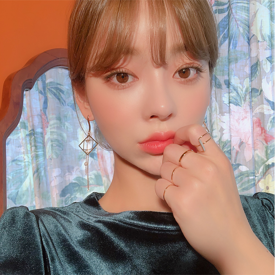 //cdn.nhanh.vn/cdn/store/29770/psCT/20190110/11071497/Only_Look_At_Me_Pearl_Drop_Earring_(2019_42_39).jpg