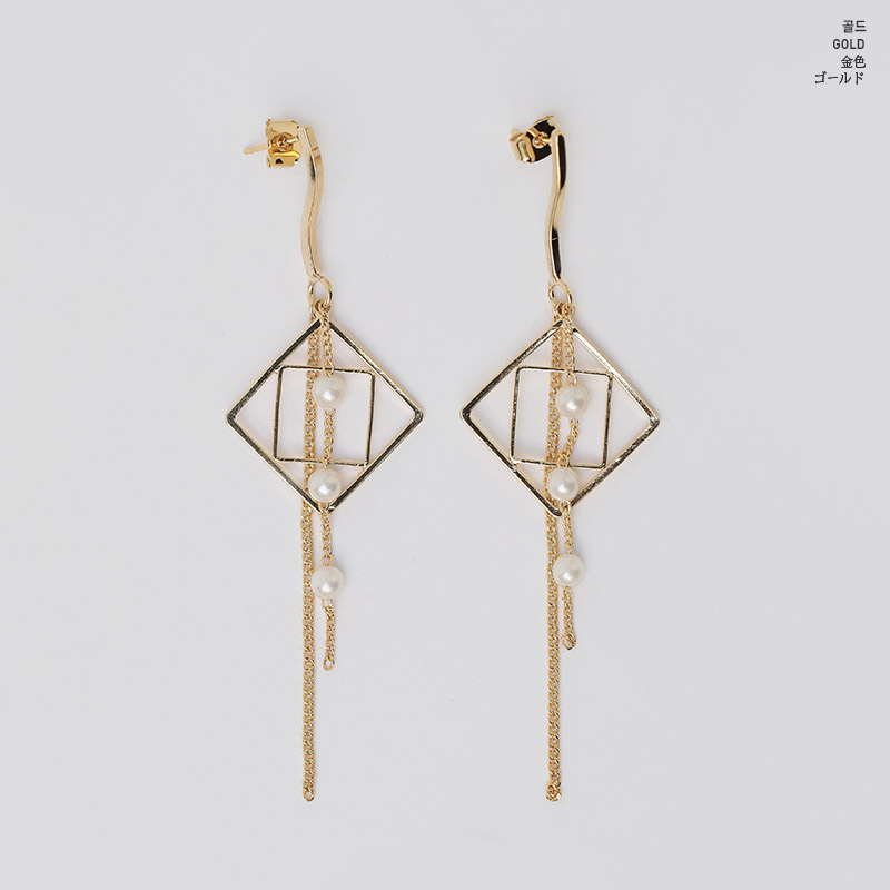 //cdn.nhanh.vn/cdn/store/29770/psCT/20190110/11071497/Only_Look_At_Me_Pearl_Drop_Earring_(2019_42_4).jpg