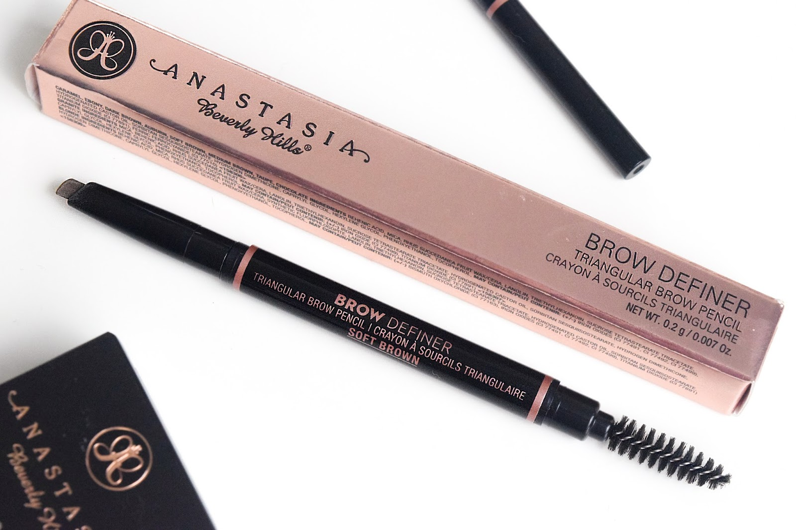 how to use anastasia brow definer pencil
