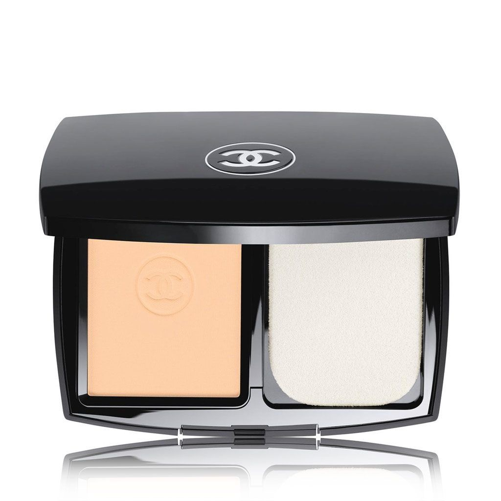 Chanel Le Teint Ultra Compact Foundation 12
