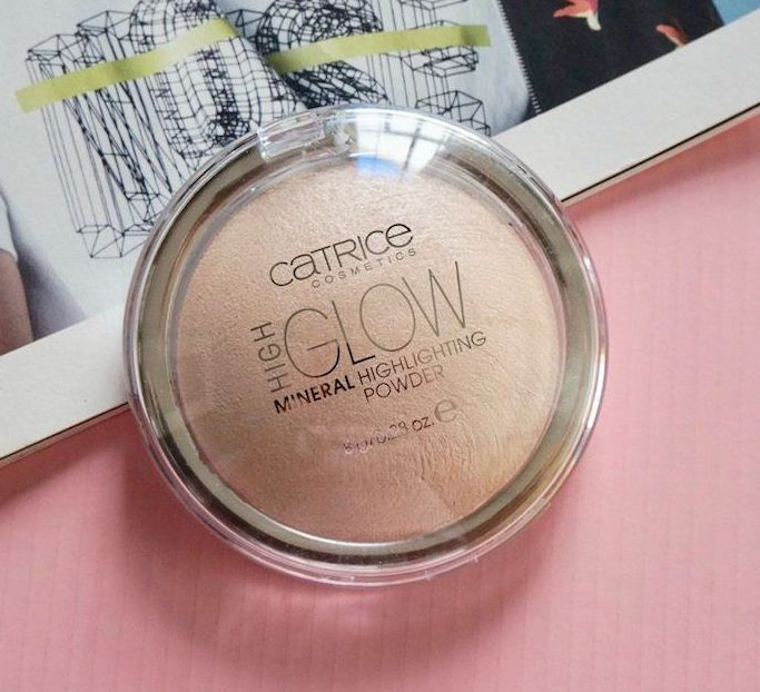 Phấn bắt sáng Catrice High Glow Mineral Highlighting Powder 1