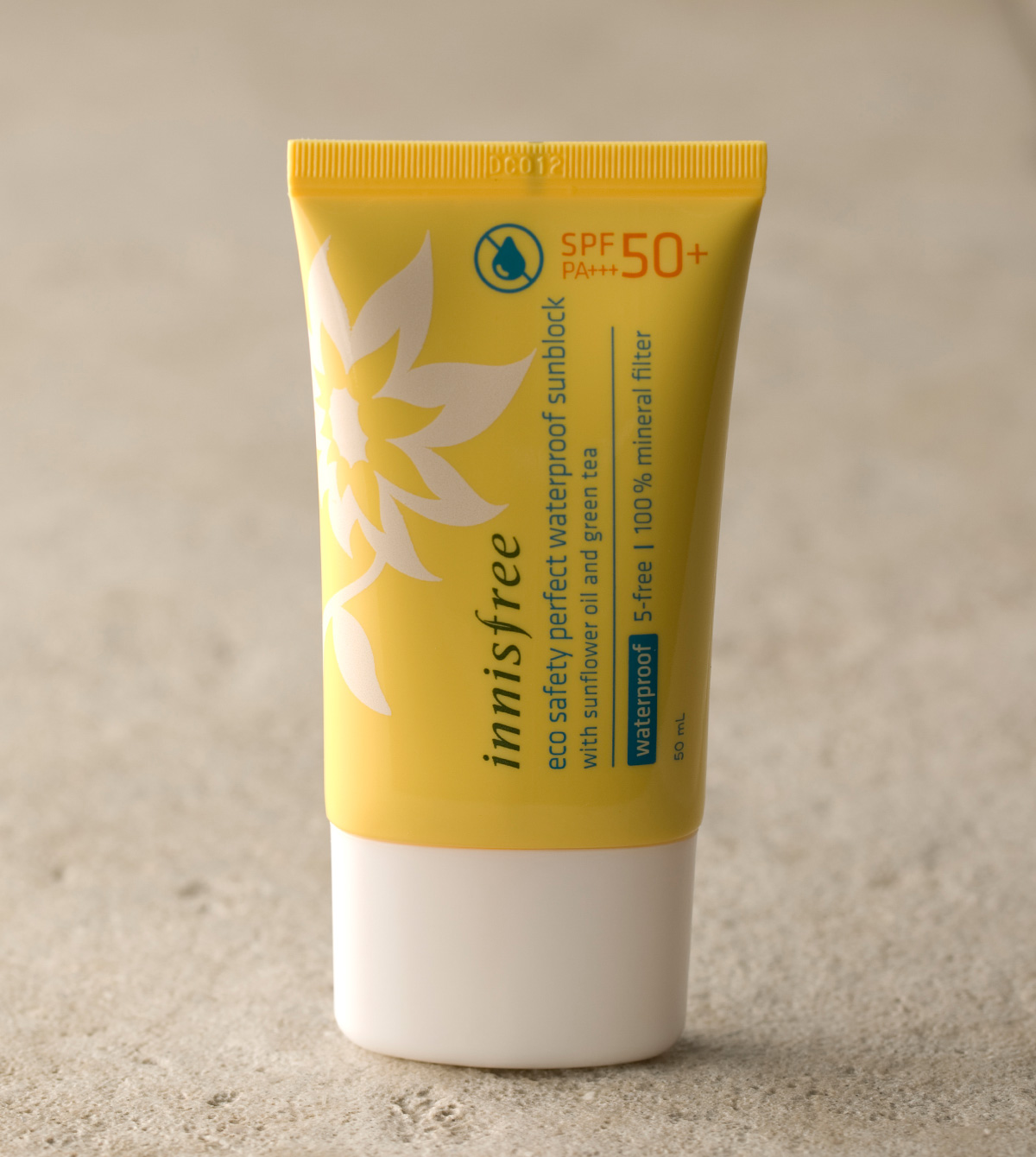 INNISFREE WATERPROOF SUNBLOCK SPF 50+ PA+++ 1