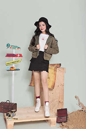 Skate skirt w belt (black) - L
