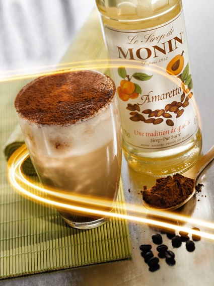 Siro Amaretto Monin (Amaretto syrup) - chai 700ml