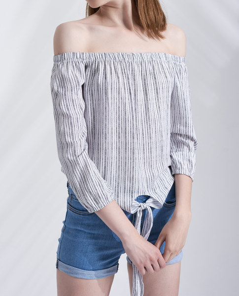 FRONT KNOT TOP (WHITE)
