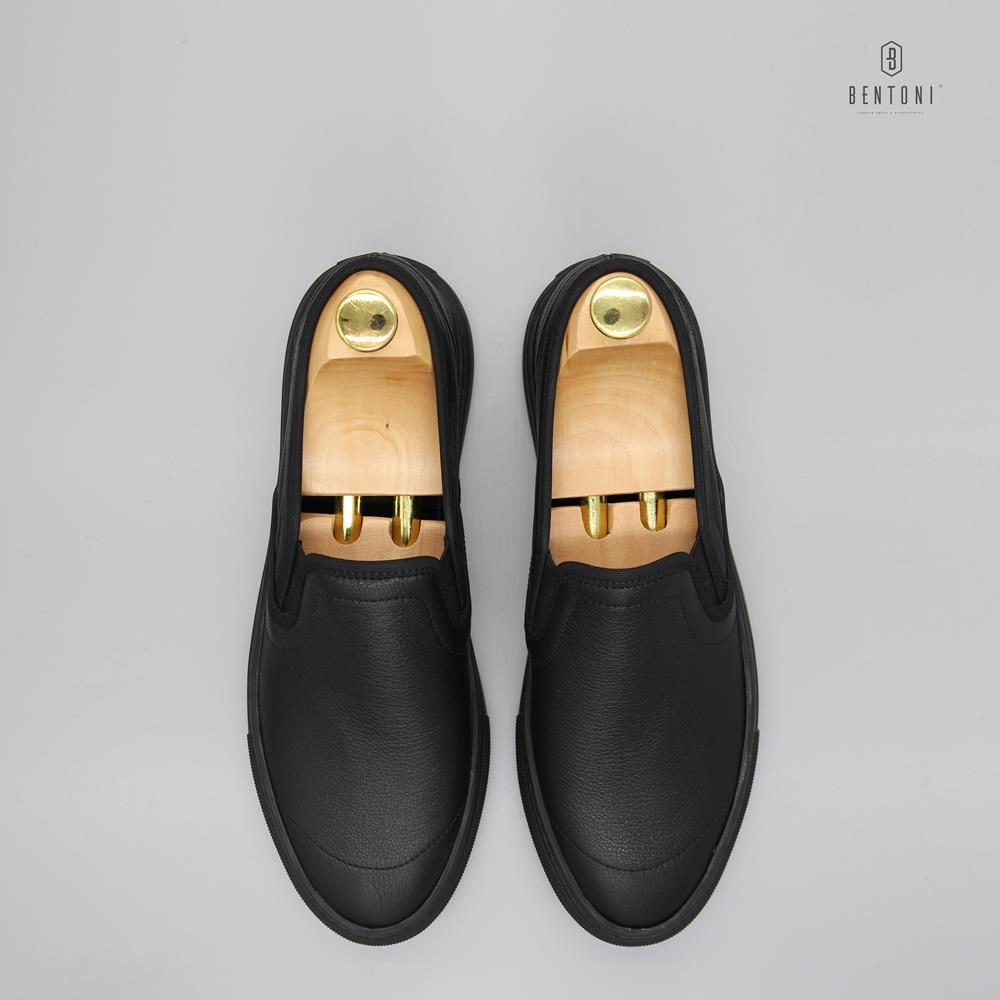 Toe Detail Slip-On | Đen