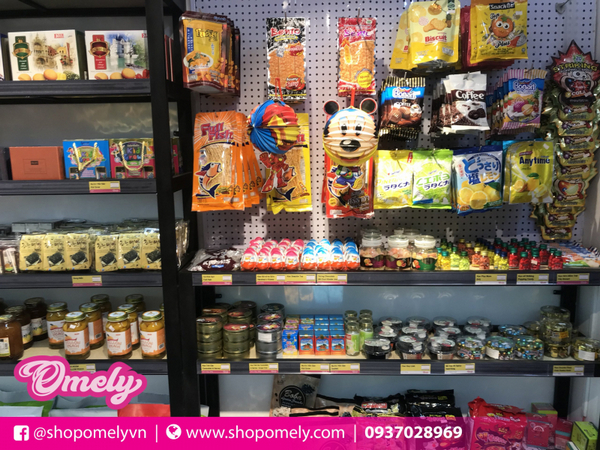 Omedy Candy & Snack Shop