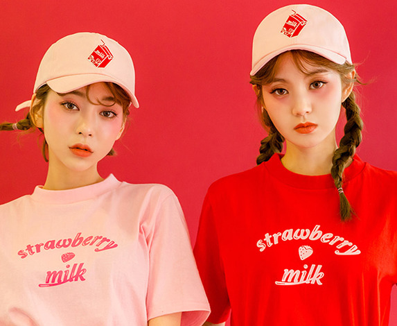 CHUU Strawberry Milk Very Berry Cap