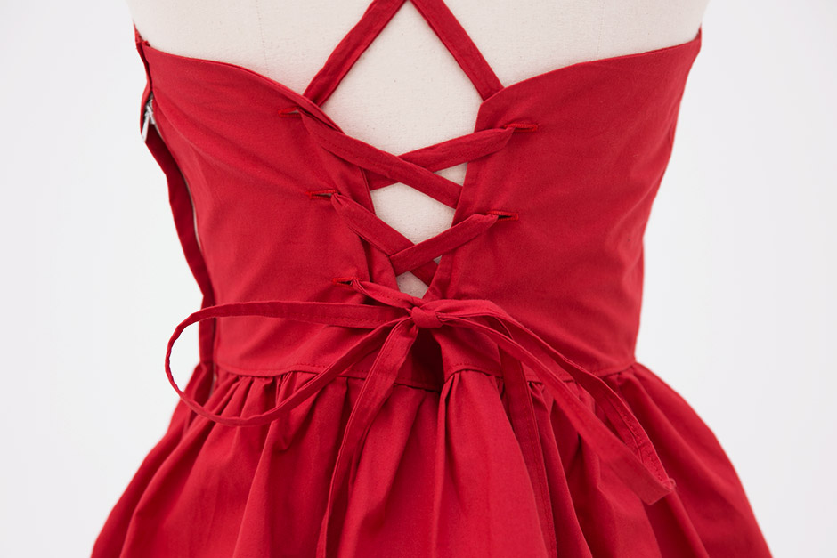 //cdn.nhanh.vn/cdn/store/29770/psCT/20180909/8968172/CHUU_Bright_Red_Lips_Mini_Dress_(11).jpg
