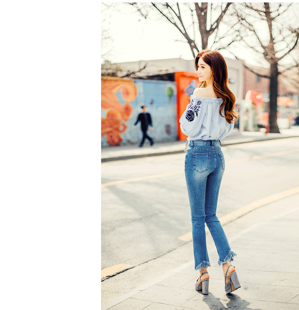 //cdn.nhanh.vn/cdn/store/29770/psCT/20181003/9325561/CHUU_Rose_Embroidered_Off_Shoulder_Blouse_(14).jpg
