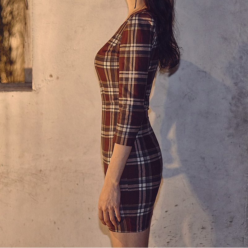//cdn.nhanh.vn/cdn/store/29770/psCT/20181003/9325580/CHUU_Crop_Sleeve_Basic_Check_Dress_(22).jpg
