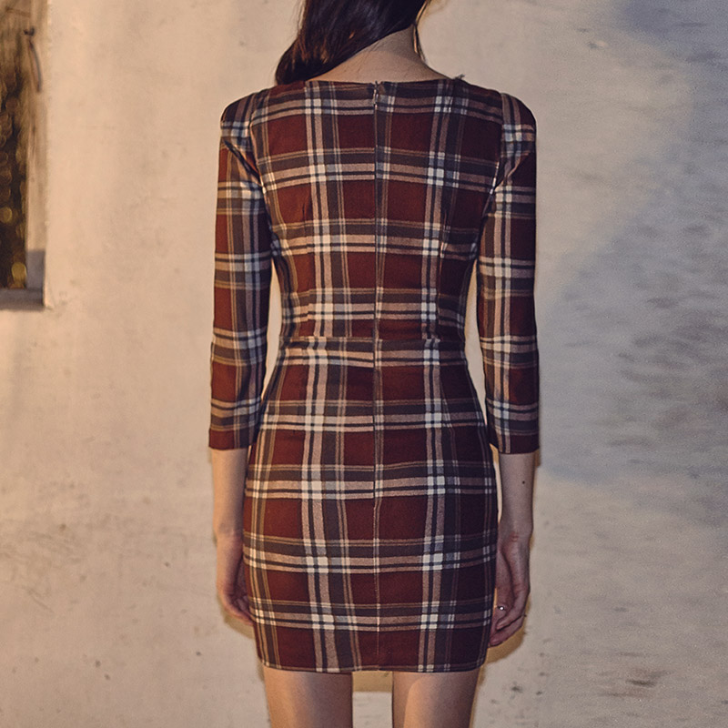 //cdn.nhanh.vn/cdn/store/29770/psCT/20181003/9325580/CHUU_Crop_Sleeve_Basic_Check_Dress_(23).jpg
