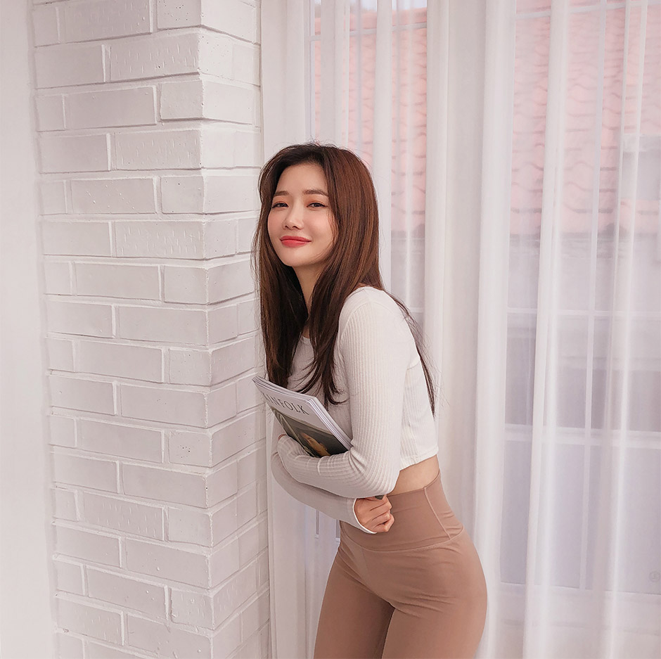 //cdn.nhanh.vn/cdn/store/29770/psCT/20190108/11027736/_5Kg_Perfect_Line_Leggings_Plus_(2019_22_53).jpg