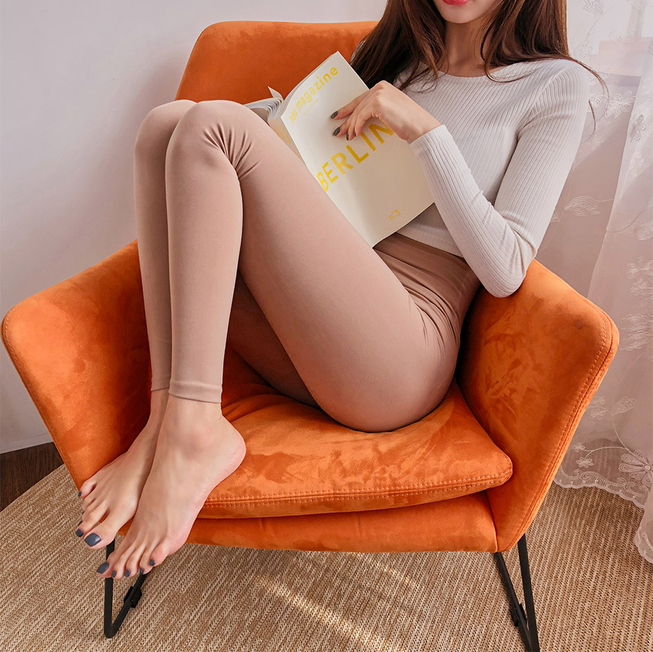 //cdn.nhanh.vn/cdn/store/29770/psCT/20190108/11027736/_5Kg_Perfect_Line_Leggings_Plus_(2019_22_60).jpg