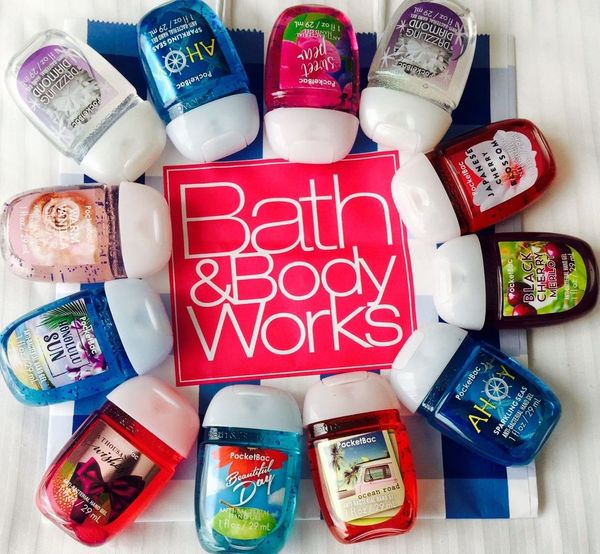 BATH & BODY WORKS - Nước rửa tay Anti-Bacterial Hand Gel (Magic In The Air)