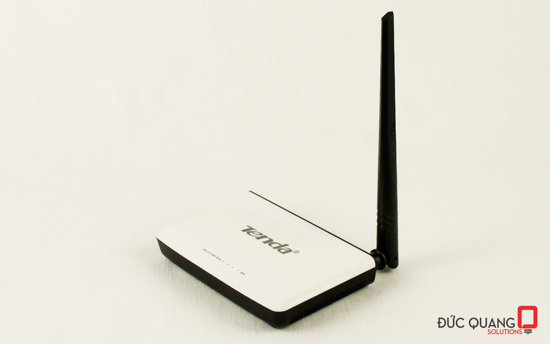 Tenda N4 - Wireless Home Router