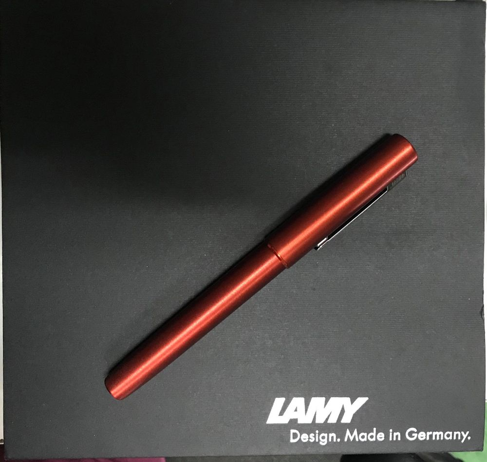 Bút mực Lamy - AION red (limited 2019) ngòi EF
