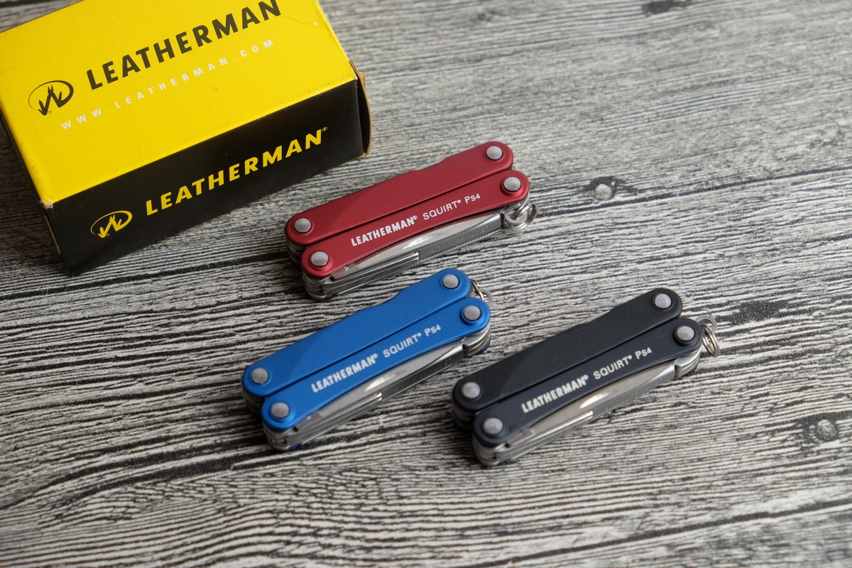 //cdn.nhanh.vn/cdn/store/7475/psCT/20181025/9685970/Keychain_Leatherman___Squirt_PS4_Red__Vo_Nhom_Do__(keychain_leatherman___squirt_ps4_red__vo_nhom_do__(kim_da_nang_leatherman_ps4_016)).jpg