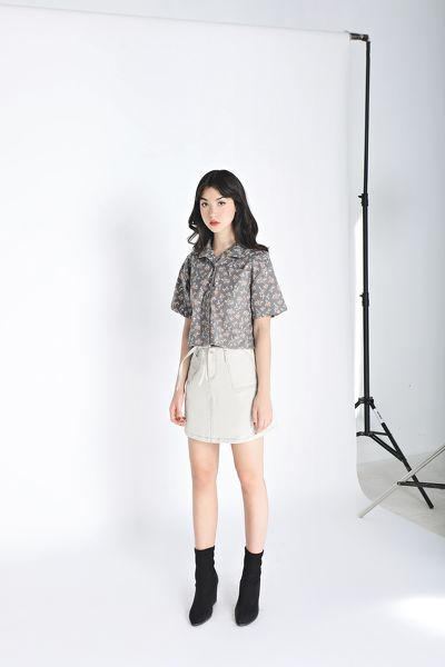 0120 Top Stitch Khaki Skirts