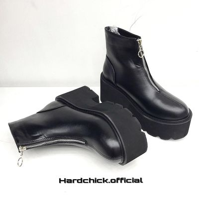 Ozip Boots
